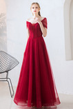 Πολυτελές Κλεψύδρα Από τον ώμο Τούλι Προσαρμοσμένες μανίκια Μπάλα φορέματα