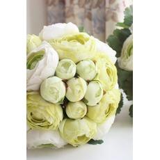 Τα φύλλα είναι πράσινα γάμου κρατώντας λουλούδια παράνυμφος κρατώντας λουλούδια