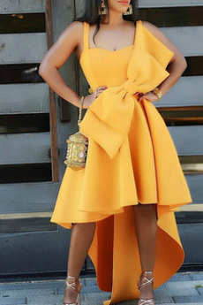 Μπάλα φορέματα Χάνει Τονισμένα τόξο Ασύμμετρη σικ & σύγχρονος Ασύμμετρη