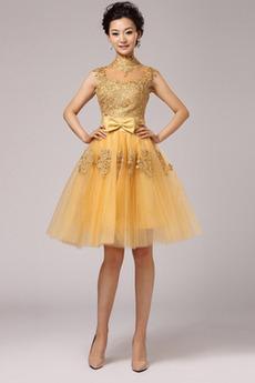 Μπάλα φορέματα Δαντέλα Μέχρι το Γόνατο Υψηλός λαιμός Φερμουάρ επάνω