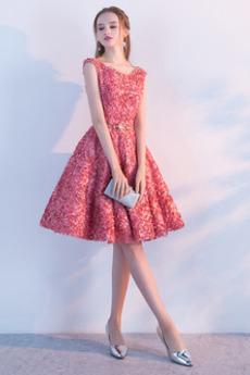 δραματική Διακοσμητικά Επιράμματα Δαντέλα-επάνω Κοκτέιλ φορέματα