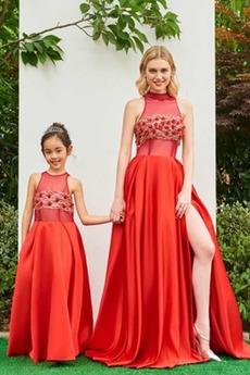 Σατέν Υψηλός λαιμός Λουλούδι Επίσημη Γραμμή Α Βραδινά φορέματα