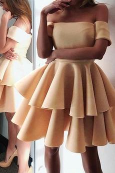 πιέτα Σατέν Από τον ώμο Κοντομάνικο πολλαπλών στρώμα Κοκτέιλ φορέματα