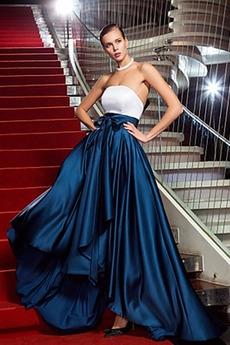 Βραδινά φορέματα Στράπλες Φυσικό Ασύμμετρη Σατέν Ντραπέ Φερμουάρ επάνω