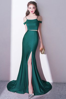 Τιράντες σπαγγέτι Προσαρμοσμένες μανίκια Βραδινά φορέματα