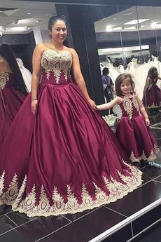 Δαντέλα-επάνω Μακρύ Δαντέλα Δαντέλα επικάλυψης Μπάλα φορέματα