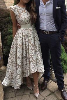 Μπάλα φορέματα Έτος 2019 Κόσμημα Δαντέλα Ανάποδο Τρίγωνο Φερμουάρ επάνω