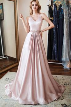 Αντικείμενα που έχουν συλλεχθεί Έτος 2019 Βραδινά φορέματα