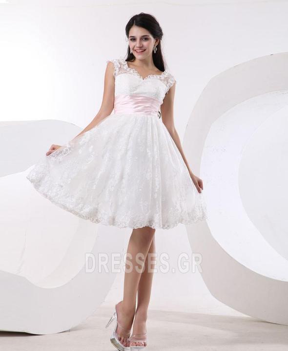 d736049678b Προσαρμοσμένες μανίκια Δαντέλα Πριγκίπισσα Μπάλα φορέματα - dresses.gr